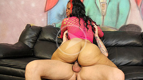 Phoenixxx Phire Sits on a Cock and Rides It Deep